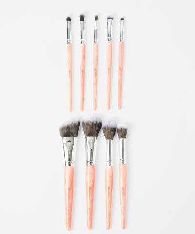 bh cosmetics rose quartz 9 piece brush set at beauty bay