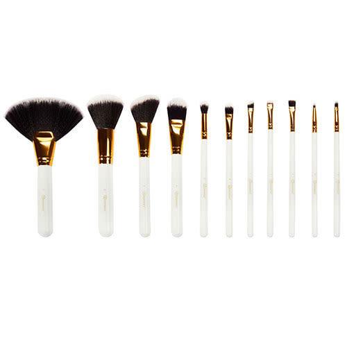 91eab98e03827 BH Cosmetics Dot Collection 11 Piece Brush Set White With Polka Dot Case