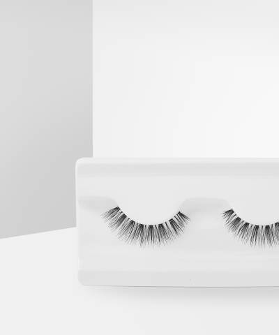 Wispy Lashes Flutter by Makeup Revolution