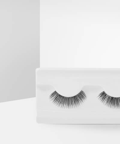 Natural Lashes Under Cover by Makeup Revolution