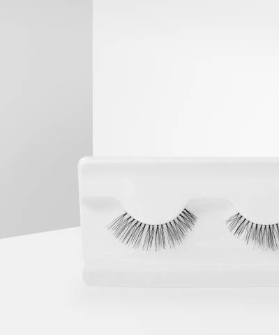 Natural Lashes Secret by Makeup Revolution