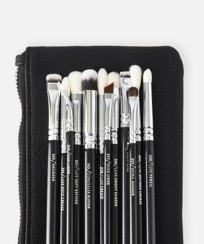 Zoeva Complete Eye Brush Set At Beauty Bay